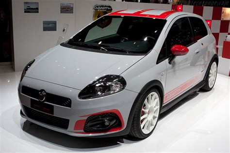 what country makes fiat cars 2009 fiat abarth grande punto supersport images