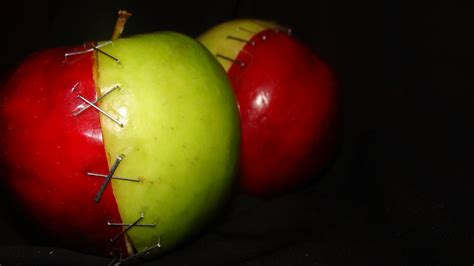 A Apple by Apples