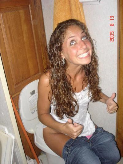 teen public toilet pessing girls on the toilet on twitter quot two sexy sisters both