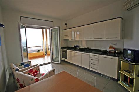 appartamenti oristano appartamento a oristano marina di torregrande a oristano