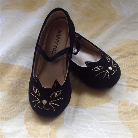 50% off Other   ?REDUCED? Kitty Cat Toddler shoes from