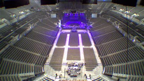 concert setup centurylink center omaha