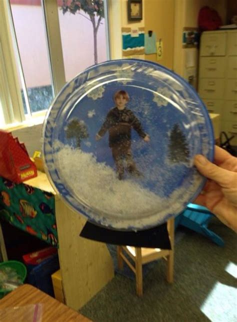 crafts snow globes 1000 ideas about snow globe crafts on globe