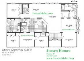 Triple Wide Trailer Floor Plans by 9593s Triple Wide 40x64 4br 2482sf