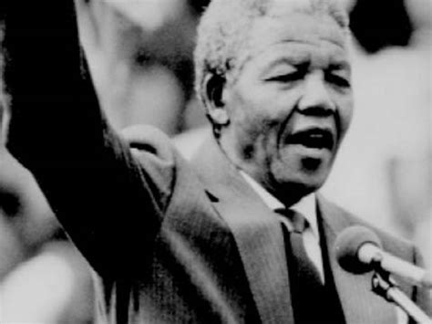 a brief biography of nelson rolihlahla mandela nelson mandela mini biography from bio path