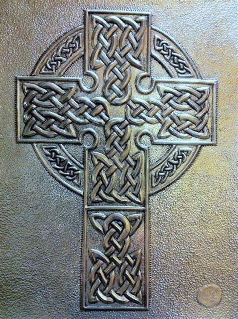 Islamic Artworks 40 celtic cross in pewter metal embossing