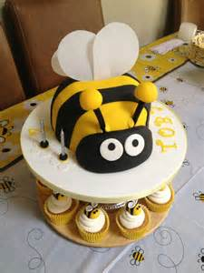 best 20 bumble bee cake ideas on bee cakes