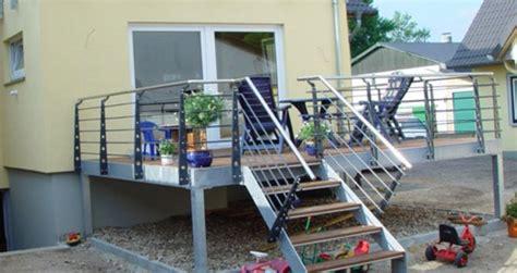 stahl überdachung terrasse balkone und terrassen aus stahl trier und metallbau tore