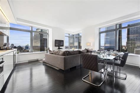 Living Room Nyc Financial District 123 Washington Rentals W New York Downtown