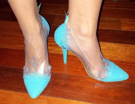 elsa frozen shoes for elsa frozen shoes by fiercecupkake on deviantart
