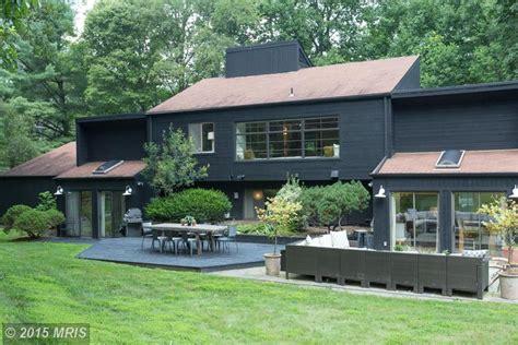 modern 70 s home design how designer lauren liess updated a house from the 70s