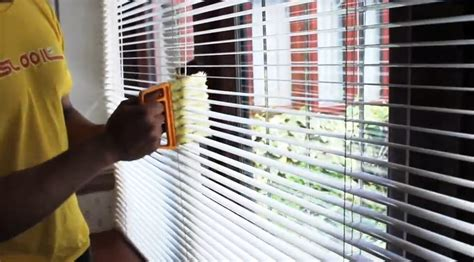 how do you clean drapes tips tricks on how to clean venetian blinds home