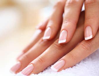 Manicure Di The Nail Shop nail shop come fare la manicure con lo