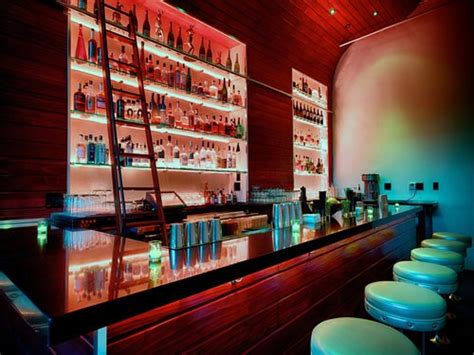 rooms by the hour los angeles join the happy hour at the powder room in los angeles ca 90028