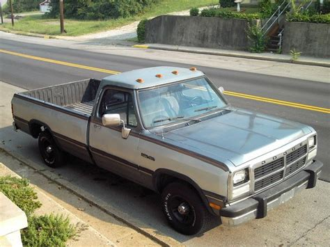 how cars engines work 1992 dodge d150 club navigation system service manual how to relearn the idle 1992 dodge d150 service manual how adjust rpm 1992