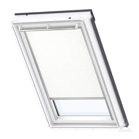velux dachfenster elektrisch velux verdunkelungsrollo dml elektrisch im dachgewerk