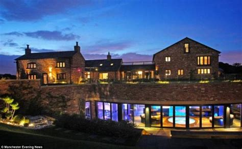 Luxury Homes Cheshire Footballer Samir Nasri Puts His Cheshire Mansion On The Market For 163 5 7million Daily Mail