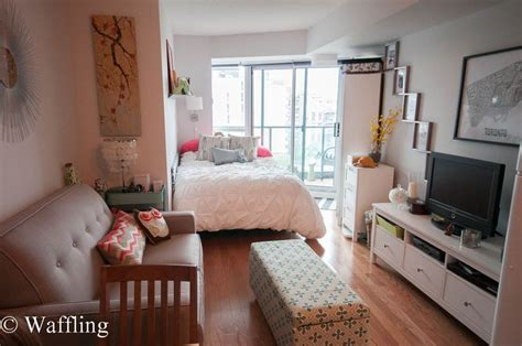 400 sq ft studio 400 sq ft condo studio apartment decor pinterest