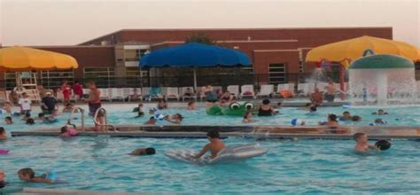 mustang swimming pool mustang aquatic center city of mustang oklahoma