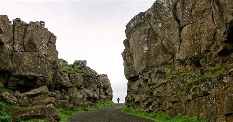 Middle Atlantic Shelf by The Mid Atlantic Ridge In Iceland Amusing Planet