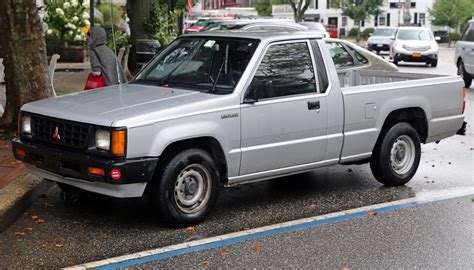 mitsubishi pickup mighty max 1992 mitsubishi mighty max pickup information and photos