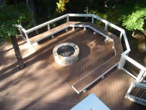 Deck Pit Timber Tech Composite Deck With Curved Bench And Pit