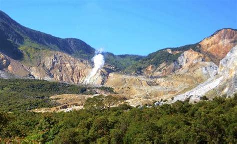 daftar film petualangan gunung gunung papandayan mendaki bersama keindahan alam yang