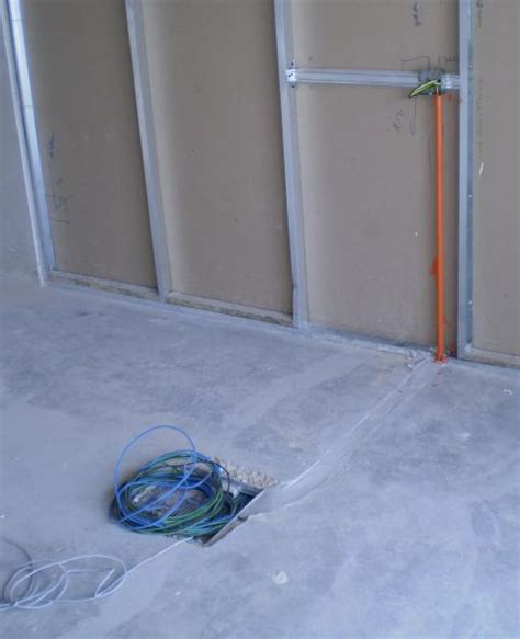 Electrical Installation Wiring Pictures: Underfloor