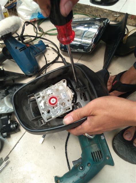 Tv Mobil Kaca Spion kaca spion elektrik bermasalah lakukan cara ini