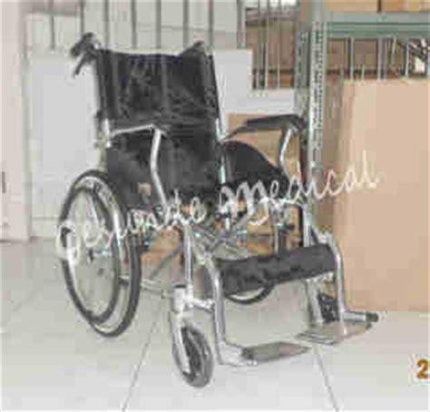 Tongkat Lipat Satu Kaki Alat Kesehatan Tongkat Lipat kursi roda 863laj alumunium bisa lipat toko medis jual