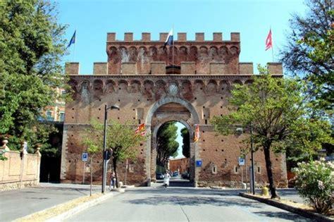 scuola guida porta romana arte storia natura e curiosit 224 da porta romana a piazza