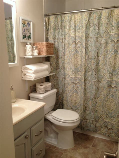 bathroom decorating ideas for small spaces looking bathroom ideas for small spaces design ideas custom home design