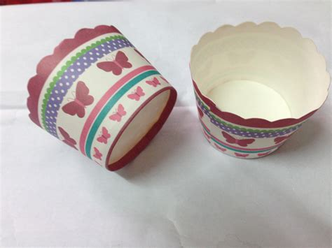 How To Make Paper Cups For Cupcakes - disposable cupcake paper cups paper baking cups wedding