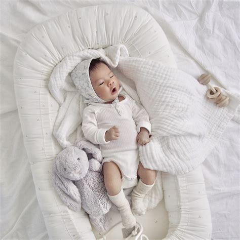 Baby Nest Grey baby nest dot creme grey