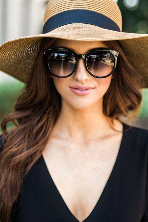 woman wearing ray ban sunglasses best 25 sunglasses women ideas on pinterest ray ban