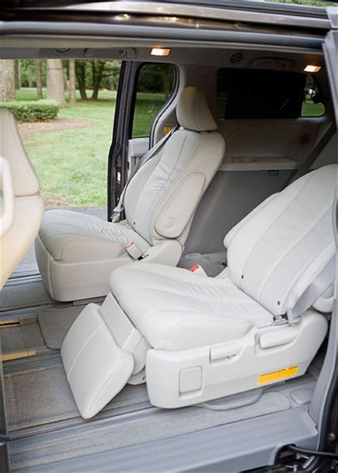 sienna reclining seats automobile reviews reviews 2011 toyota sienna xle