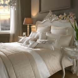 Duvets Covers Canada Kylie Minogue Bedding Yarona Gold Amp Cream Bed Linen