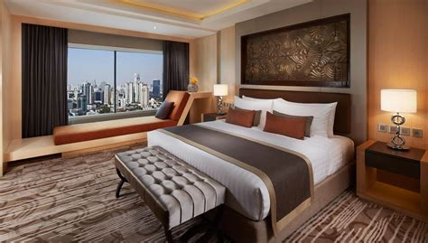 on suite corner suite amari watergate bangkok