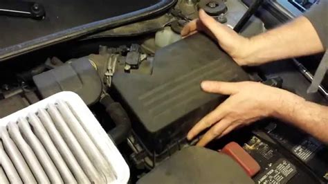 How To Replace 2011 Toyota Camry Engine Air Filter Element