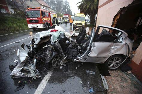 imagenes terrorificas de accidentes dos heridos en una espectacular colisi 243 n entre un coche y