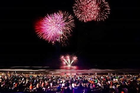 new year 2018 gold coast gold coast new years 2018 best places to fireworks