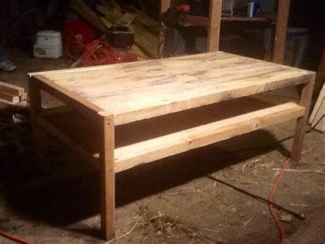 Reclaimed Pallet Furniture by Diy Reclaimed Pallet Wood Table Pallet Furniture Diy