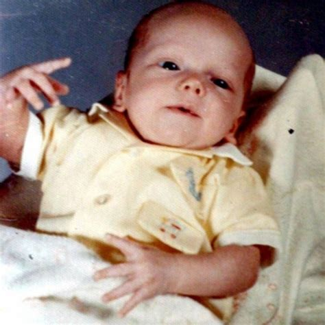 eminem child mix fm 102 3 you would never guess who this is