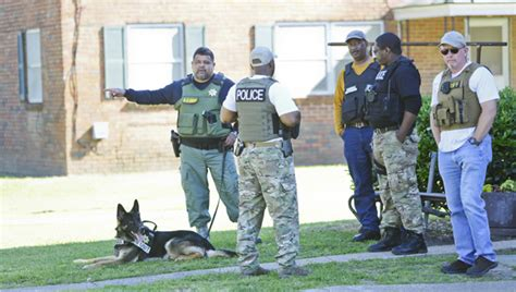 17th Judicial Circuit Search Task Makes Arrests Friday At Apartments The Selma Times Journal