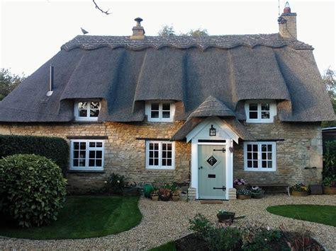 Rutland Cottage by Luxury Thatched Cottage Garden Near Homeaway Rutland