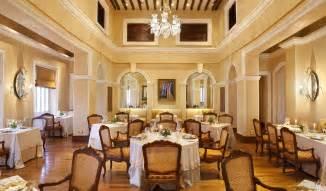 Dining Room Chandeliers Modern Taj Falaknuma Palace Hyderabad India