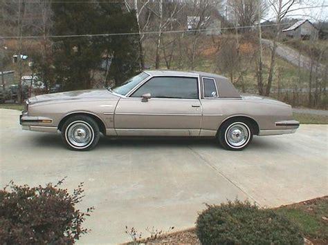 1983 pontiac grand prix lj lowrider3 1983 pontiac grand prix specs photos