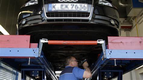 Auto Versicherung Pro Jahr by Stiftung Warentest Gute Autoversicherung Spart 3000