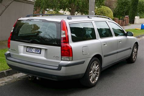 volvo   wagon  turbo auto