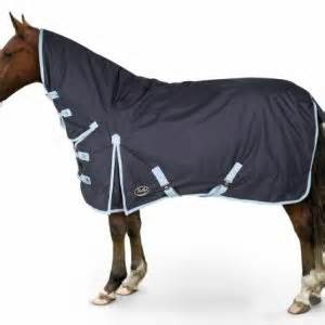 medium weight turnout rugs sale clearance medium heavyweight turnout rugs fast tack direct